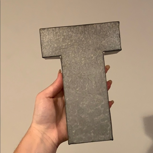 Other - T Shaped Home Decor